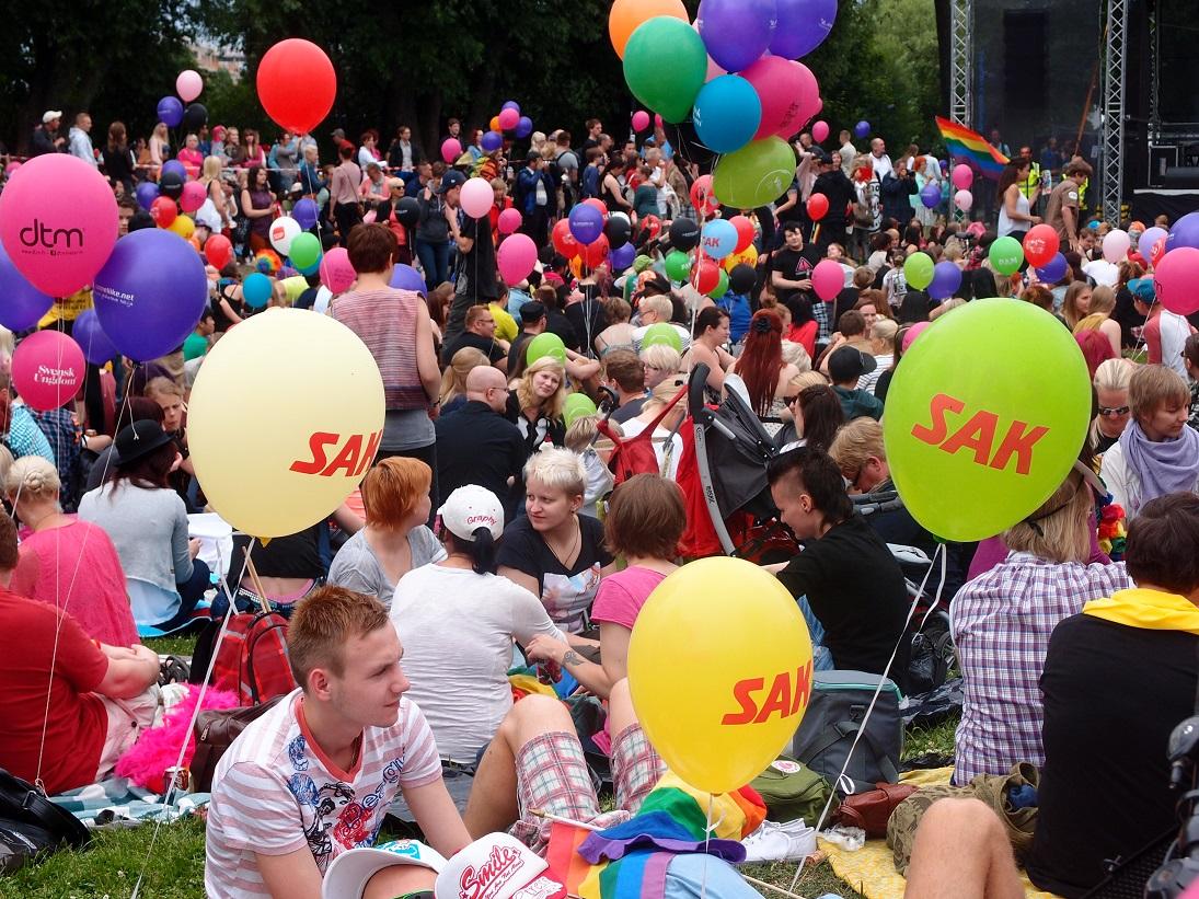 Kommunistit mukana Helsinki Pridessa