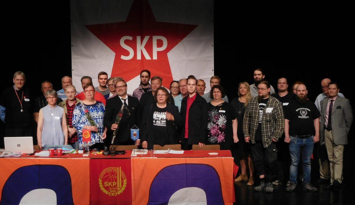 SKP:n linjaa vedettiin Porvoossa