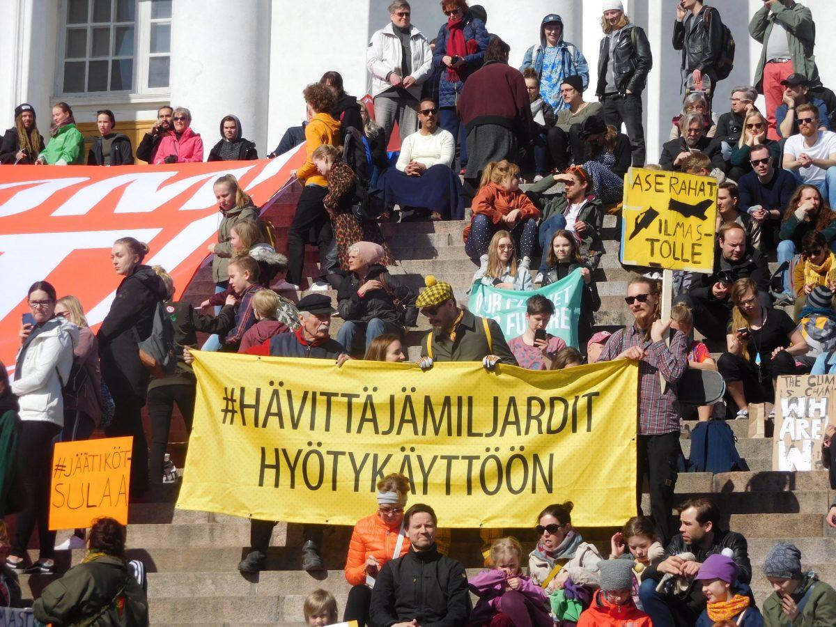 Ei hävittäjärahoja valtion budjettiin